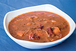 Vegane Antinationale Bohnensuppe aus 'Vegan kochen mit Ente'