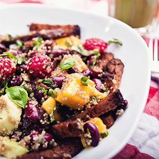 Rezeptbild Quinoa-Mango-Seitan-Salat
